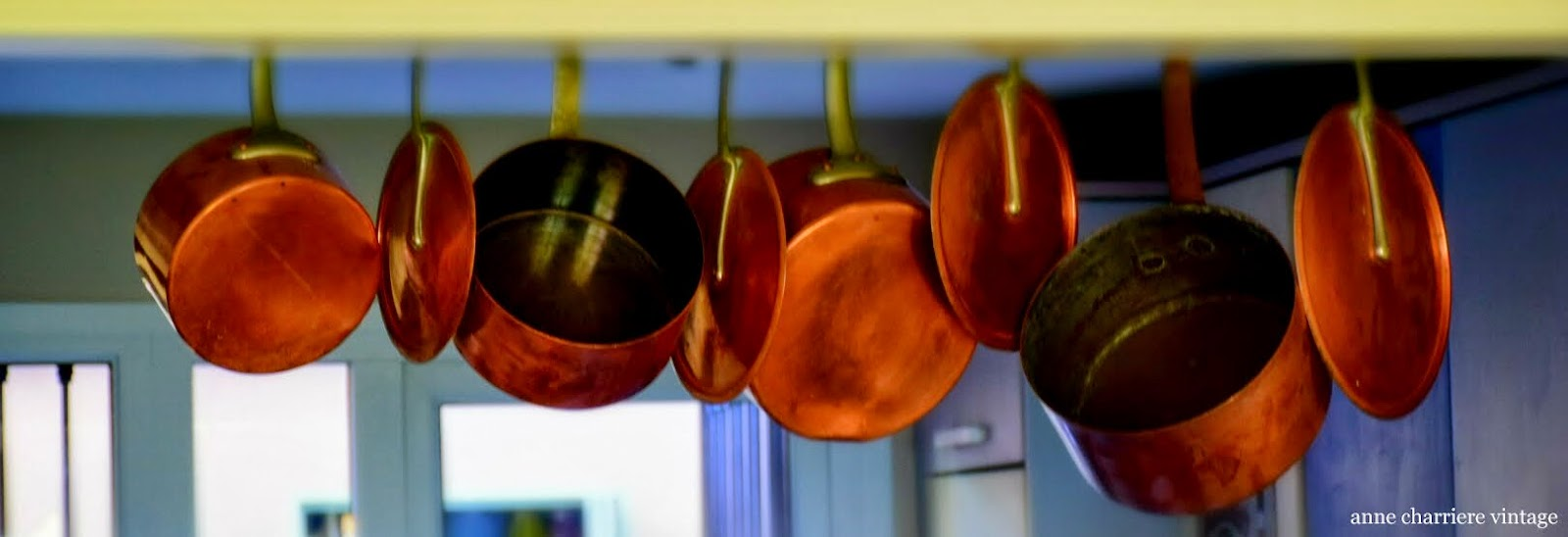 www.annecharriere.com, anne charriere vintage, kitchen rack pots,