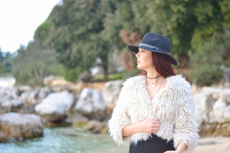 Outfit_Strand_Urlaub_Hut_Maxi_Kleid