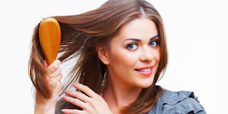 Tips Cara Menyisir Rambut Panjang