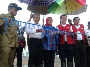 Dana CSR OKI Pulp and Paper Mills Buka Akses Jalan Darat Air Sugihan