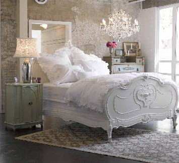 Shabby Chic Bedroom Ideas on Love The Soft Floral Design  It S So Cozy And Relaxing Looking