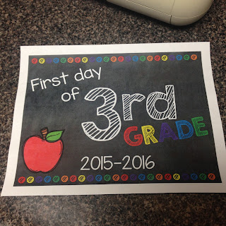 https://www.teacherspayteachers.com/Product/First-Day-of-School-Signs-2015-2016-2009656