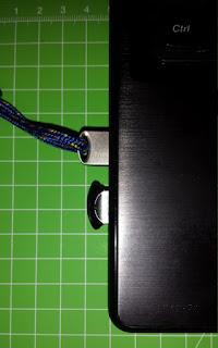 Transcend JetFlash 710S e Sandisk Cruzer UltraFit inserite USB