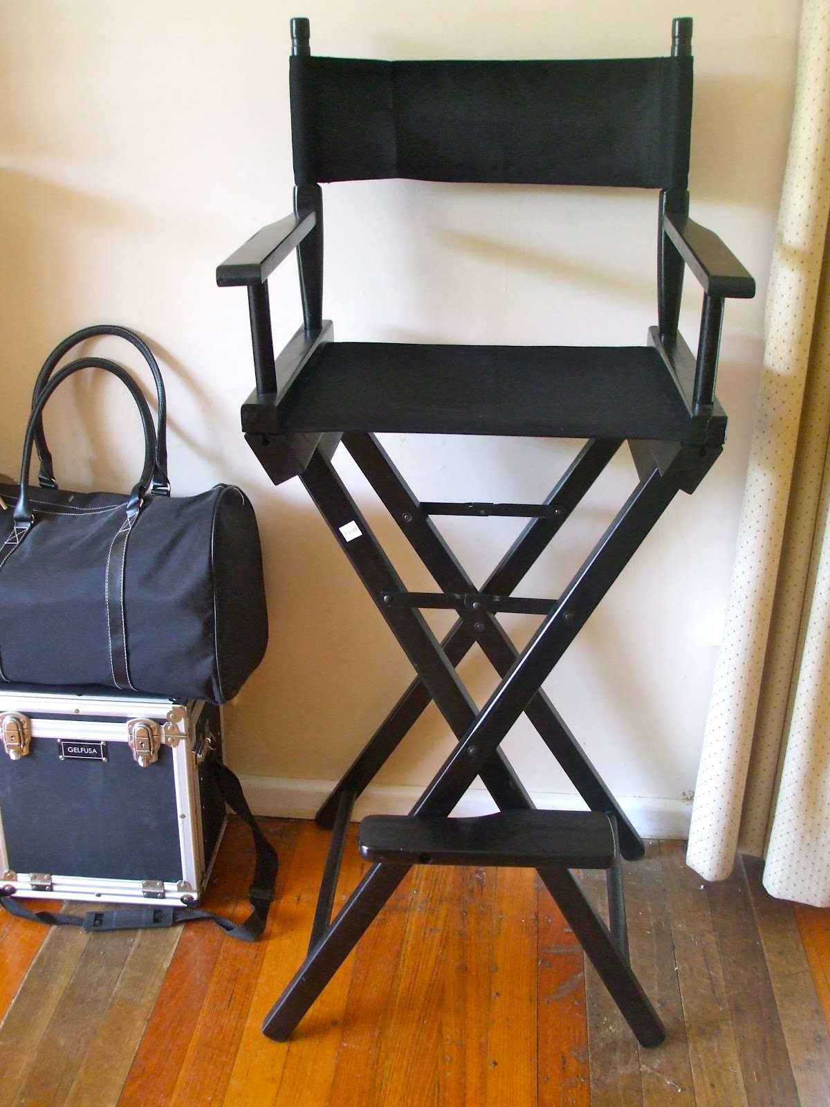 The Make Up Chair