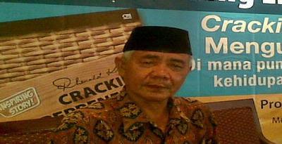 http://www.jadigitu.com/2012/11/Kisah-Tukang-Becak-Yang-Jadi-Kaya-Raya.html