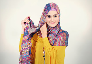 Cara-Memakai-Jilbab-Pashmina-Trendy