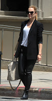 Mena Suvari leather pants and white shirt