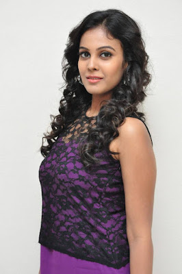 Actress Chandini Mobile Wallpaper