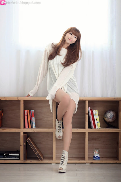 4 Lee Eun Hye - Sexy Sheer Top-very cute asian girl-girlcute4u.blogspot.com