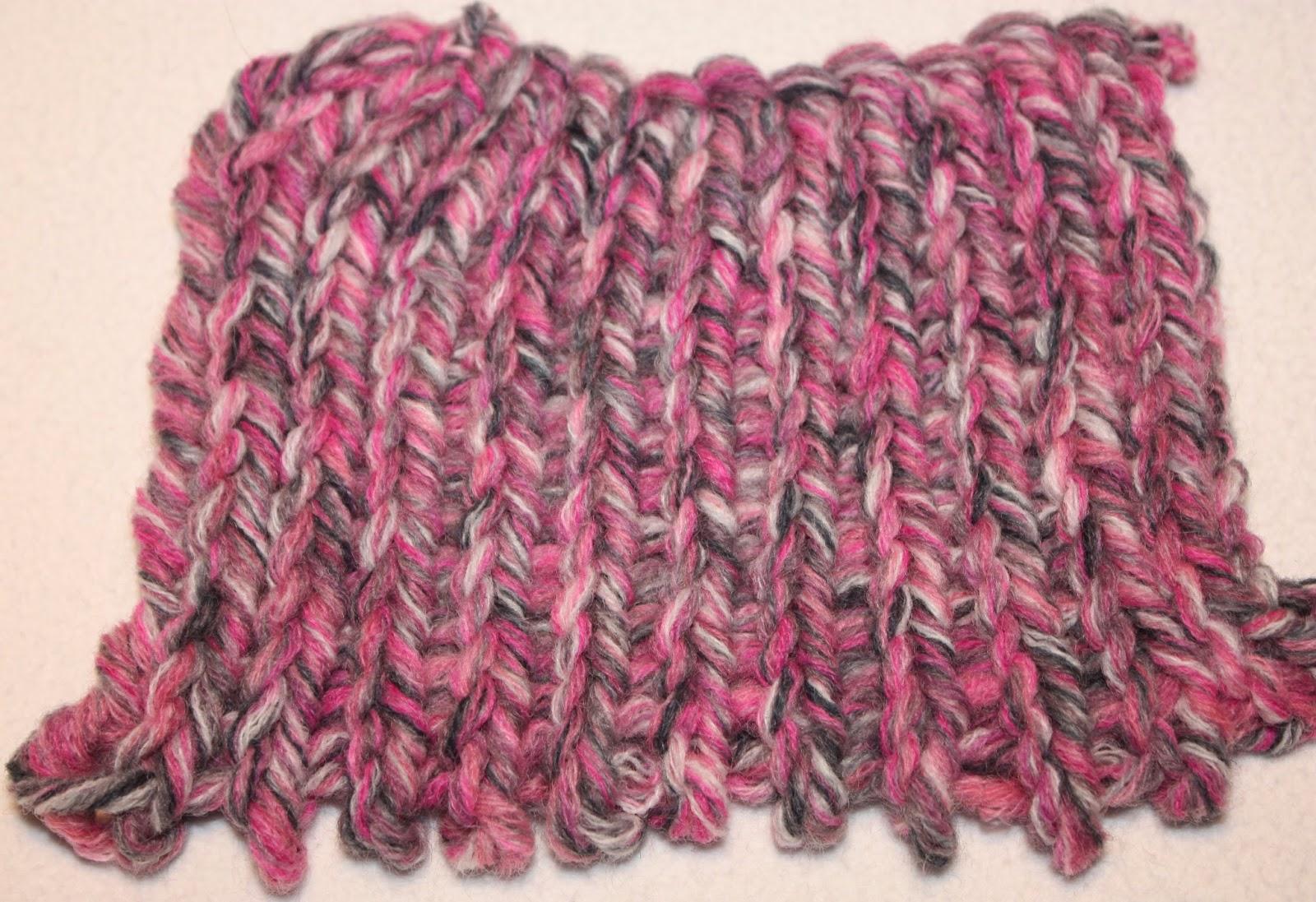 breiring; breiraam; breien; steek; tricotsteek; steken; breisteek; breisteken; loom; knitting; dubbelzijdig; dubbel; makkelijk; beginner; eenvoudig; hobby; hoe;