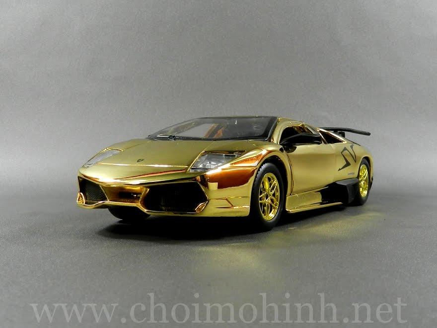 Gold Lamborghini Murcielago LP670-4 SV 1:24 Speedy