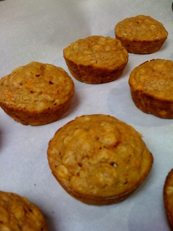 Medium Food Mama: Recipe: Sweet Potato, Oat and Banana Muffins