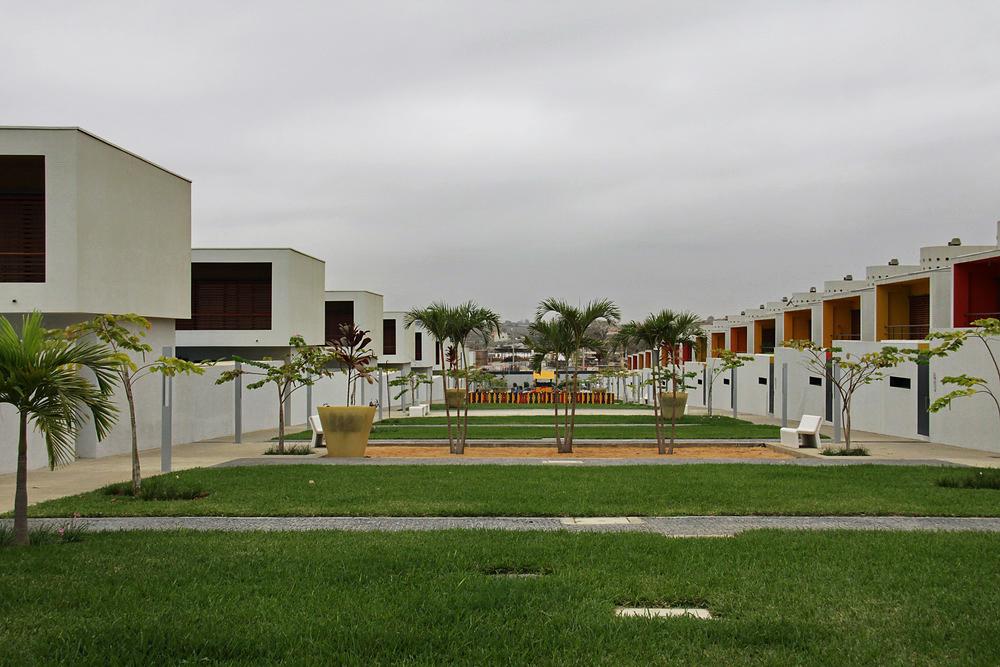 jardim rosas condominio luandaTalatona LuandaAngola
