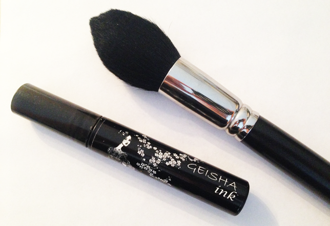 geisha ink mascara, mac 138 brush