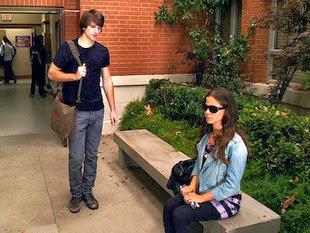 blind-girl-with-boyfriend