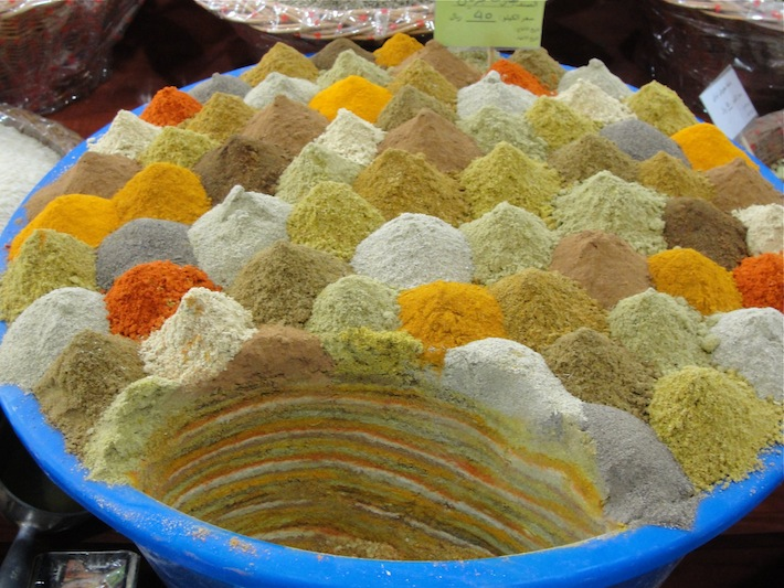 curry blend for sale at spice market souq waqif in doha qatar