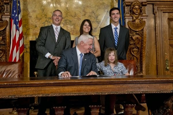 "Chloe's Family at the signing of ""Chloe's Law"""