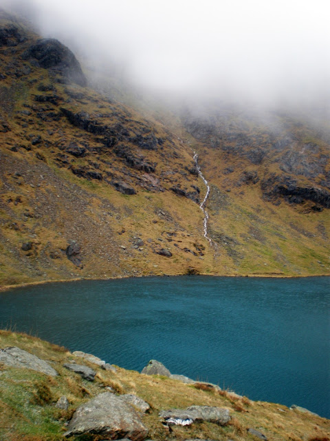 lake district, old man of coniston, windermere, tarn, mining, mountain, fog, mist, cloud, water, lake,