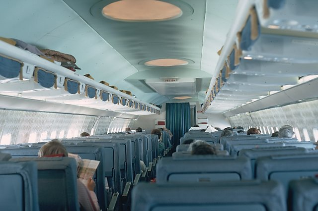 cool jet airlines boeing 707 interior