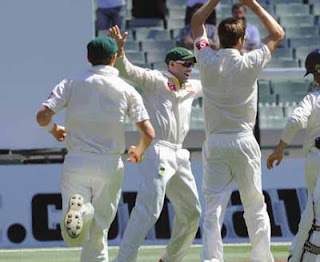 Australia wins 2nd Test against Sri Lanka