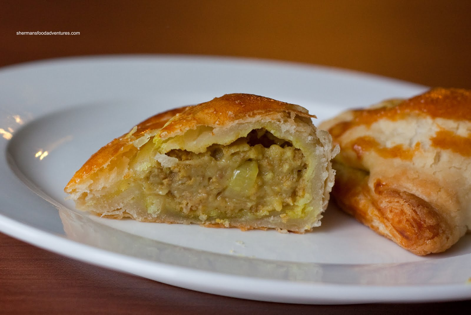 flaky curry puff beef potato curry puffs spiral curry puffs beef curry ...