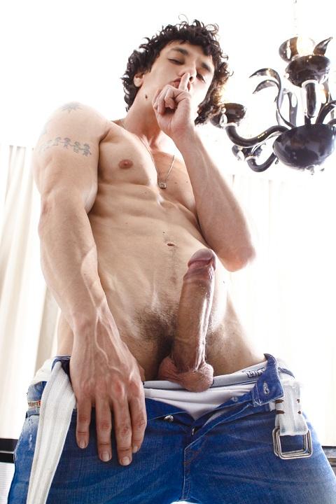 http://1.bp.blogspot.com/-tsi5amzG7Dc/UU7g9TiMsWI/AAAAAAAB-v0/_T8RfmACWL0/s1600/Cock42.jpg
