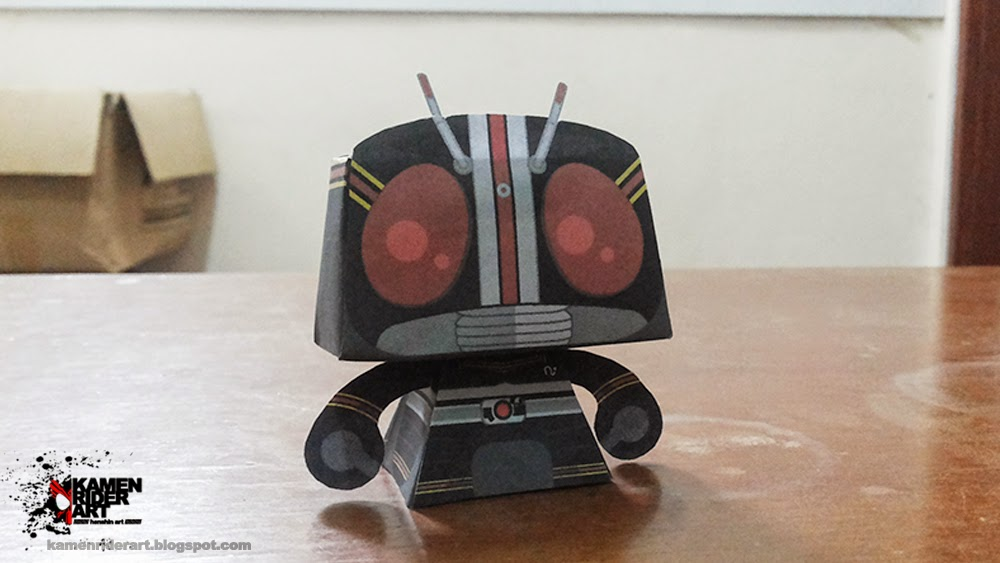 Kamen Ridre Black Paper Toy