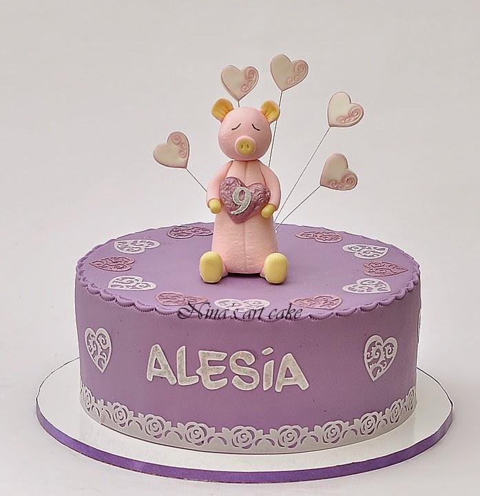 Tort aniversar pentru Alesia