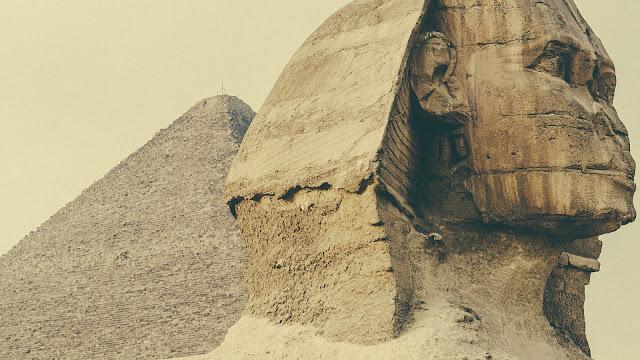 Fondo Monumento de una Esfinge Egipcia