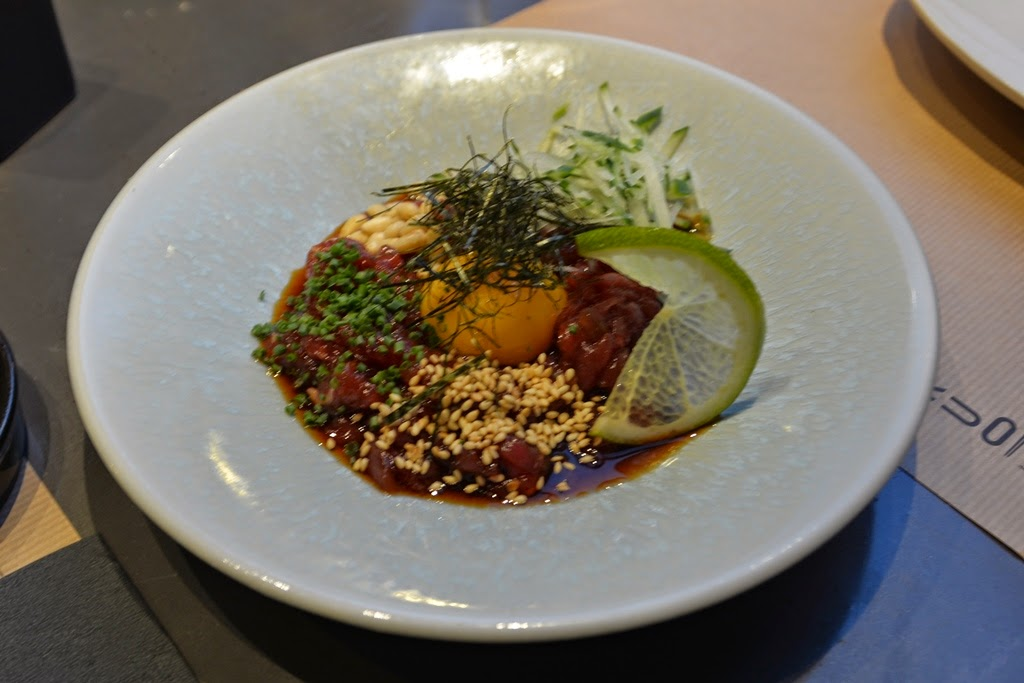 Restaurant Umo Barcelona beef tartar