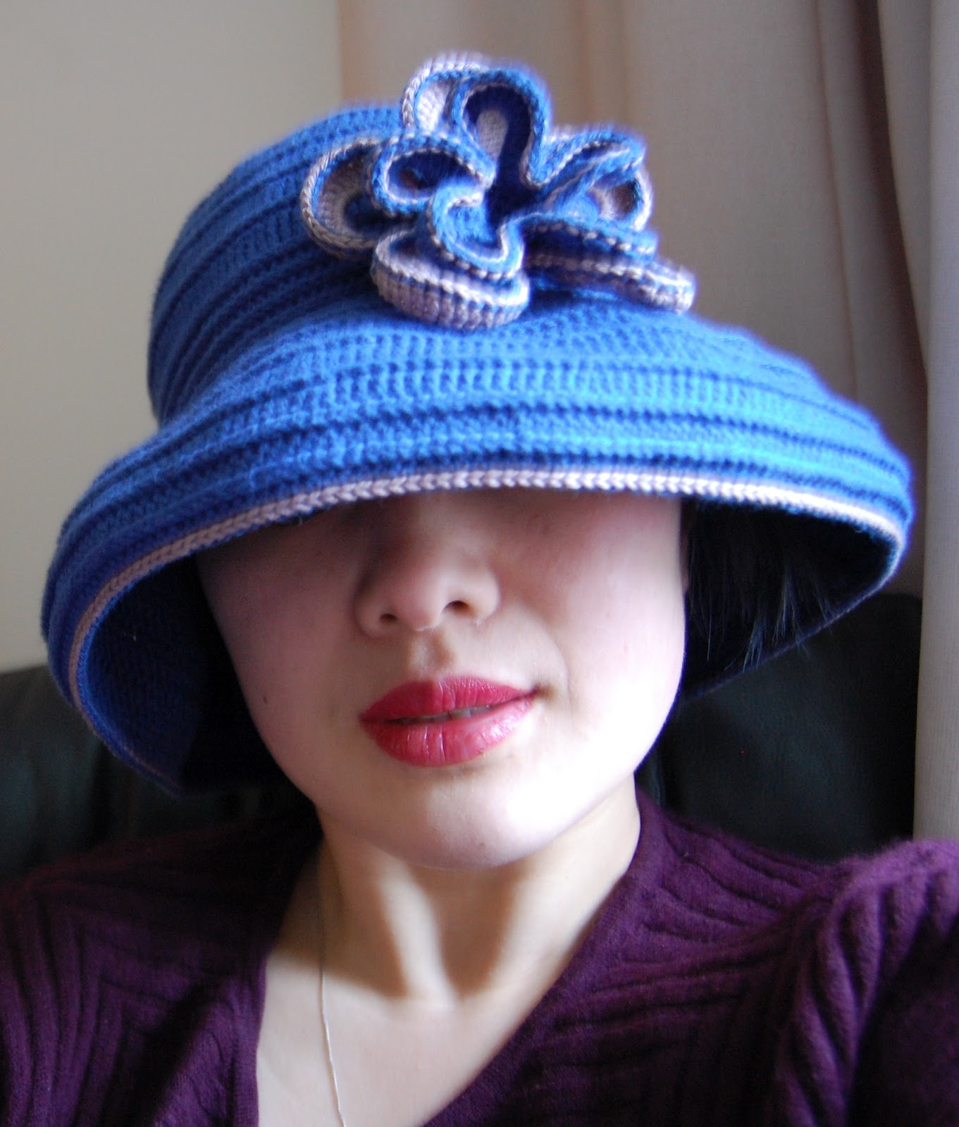 Keeping Mama Sanchez busy...: Wide-brimmed crochet sun hat