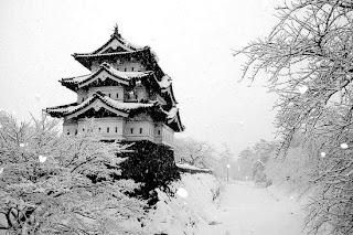 Hirosaki Castle, Japan (Best Honeymoon Destinations In Asia) 5