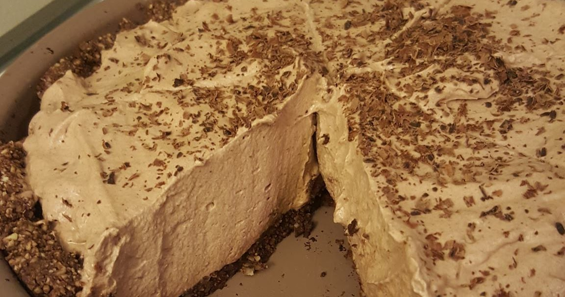 Ready Toneat Chocolate Mousse Pie