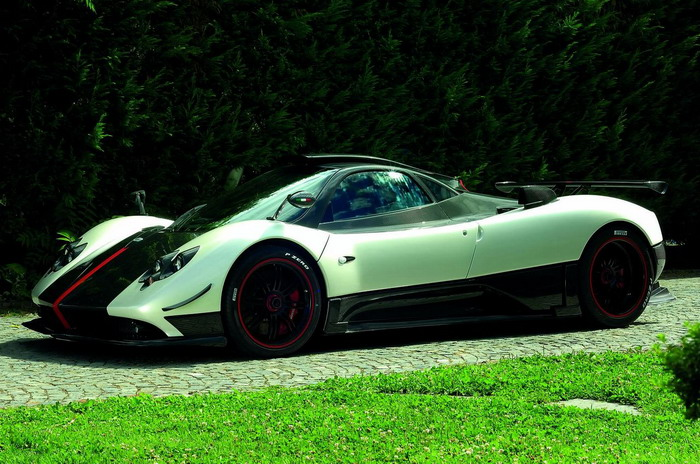 2010 Pagani Zonda Cinque Roadster Car Pictures