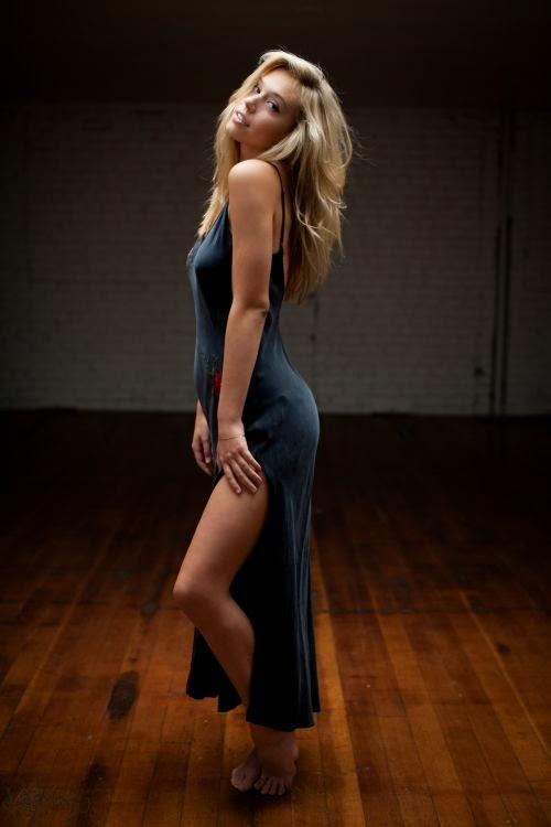 Alexis Ren modelo fotografada por Katarina Flickinger