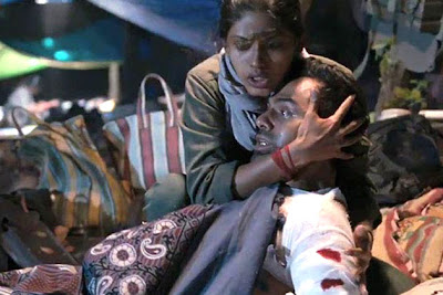 Abhay Deol as Kabir, Anjali Patil as Naxalite Juhi, Chakravyuh (2012), Directed by Prakash Jha