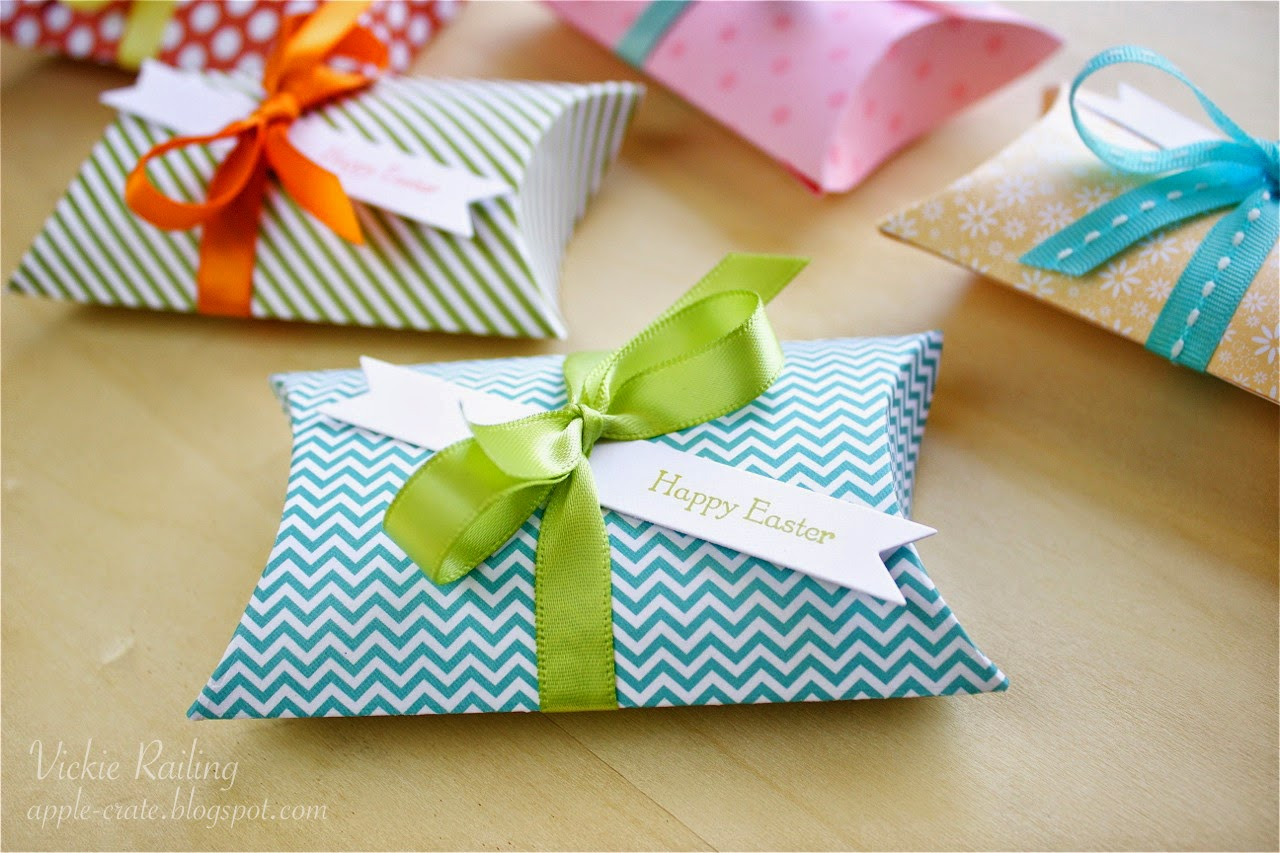 Cute Pillow Treats : The Apple Crate: Easter Pillow Boxes