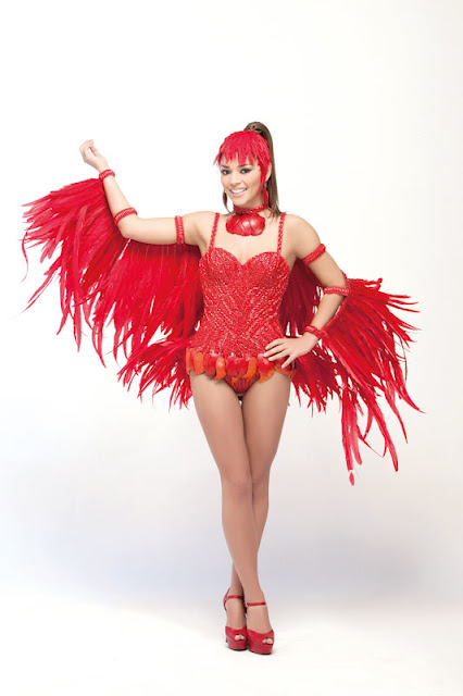 Srta. Colombia 2011-2012. Desfile en traje artesanal Arauca: Valentina Díaz Mantilla