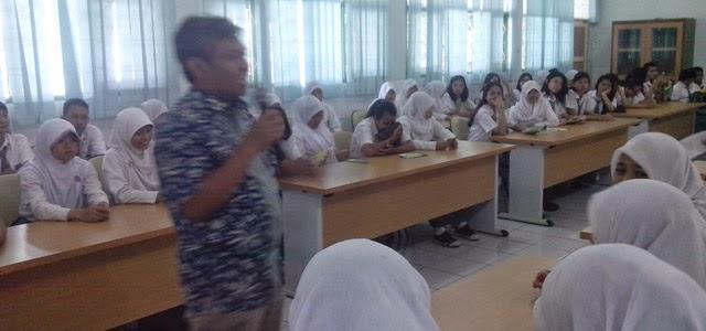 seminar aids sman 110