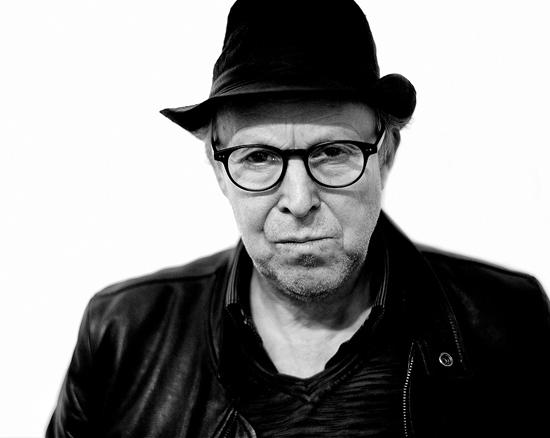 15 июня 1958 года родился известный бельгийский фотограф Дирк Брекман (Dirk Braeckman)