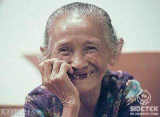 Nenek 105 Tahun Ngaku Masih Perawan, Mau?