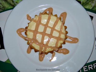 Restaurante Aspargos: Cheesecake com Creme de Goiaba