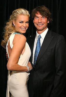 Jerry Oconnell y Rebecca Romijn
