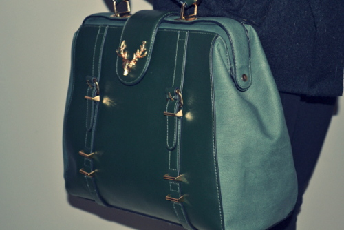 accessorize-green-doctor-stag-bag-sarah