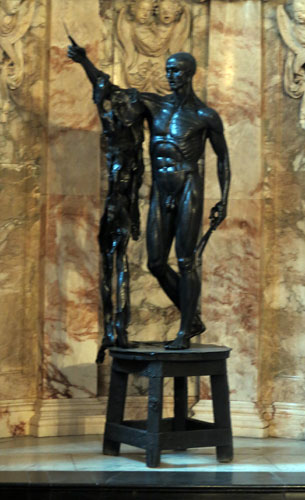 Damien Hirst statue at Chatsworth House Chapel