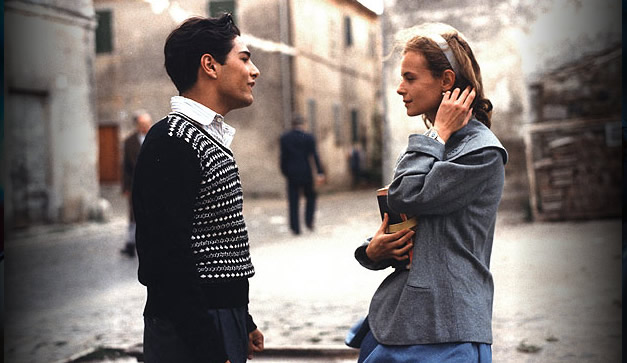 a review of the film cinema paradiso Last week we asked readers to let us know what they think of cinema paradiso, the much-loved italian drama which passes its 25th anniversary this month we particularly enjoyed these reviews from .