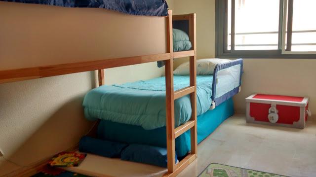 Literas en tren con la cama kura mi llave allen for Sofa que se convierte en litera