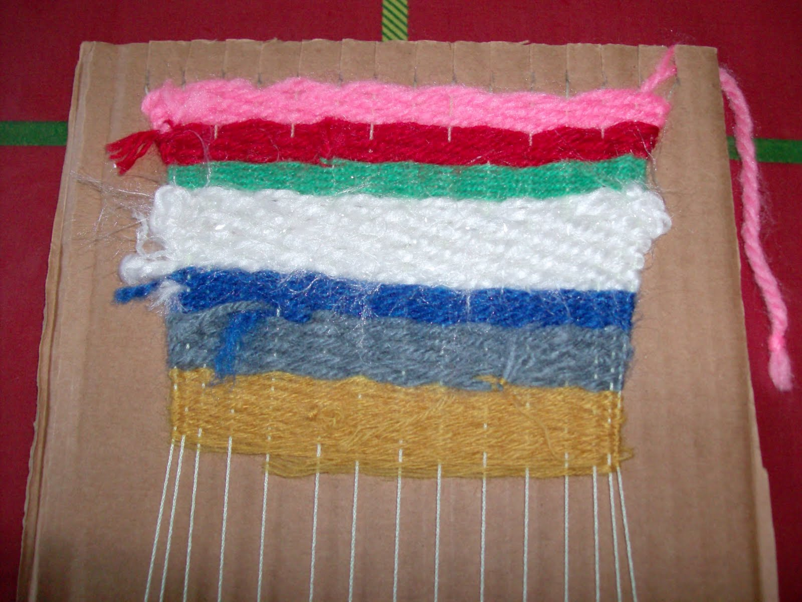Yarn Crafts : Reuse Crafts: Cardboard Looms and Yarn Craft