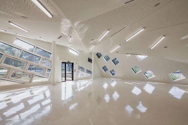 08-Socio-Cultural-Center-in-Mulhouse-by-Paul-Le-Quernec
