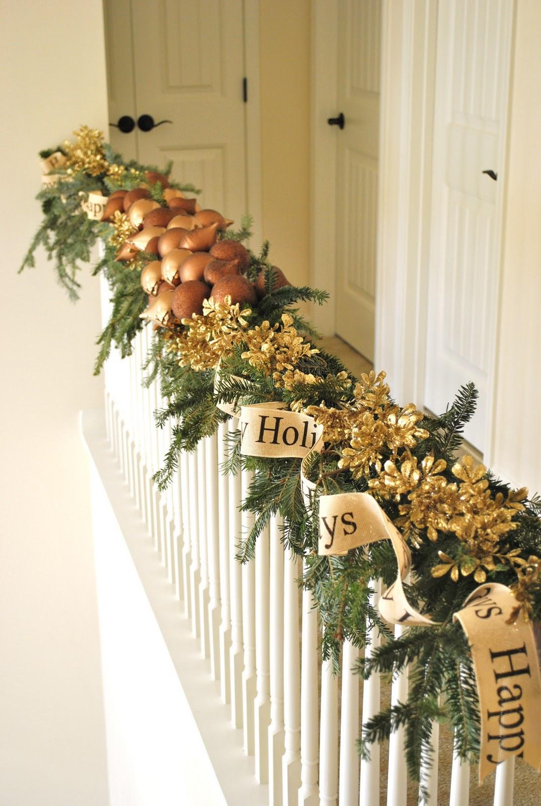 Christmas Decorating Ideas Stair Railings : Sophia s christmas stairs